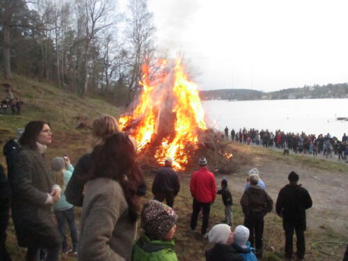 2015 04 30 Valborgsfirande på Tollare